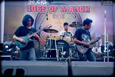 Photo Feature – Jindabaad (ktmROCKS Ides Of March 2012)